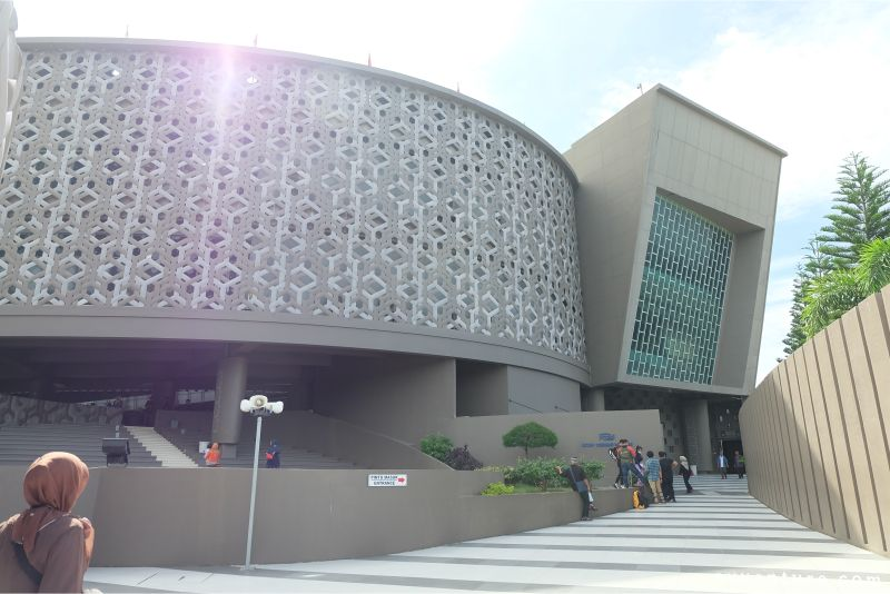 wisata-religi-museum-tsunami-aceh