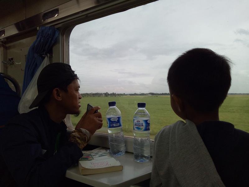 Tahun 2017 menjelajah ke Jawa Timur dengan kereta